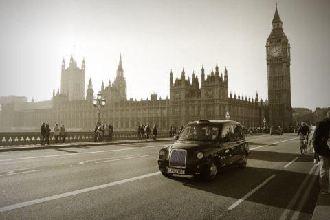 reino unido, irlanda, coche, vehiculo autonomo, legislación del vehículo autónomo
